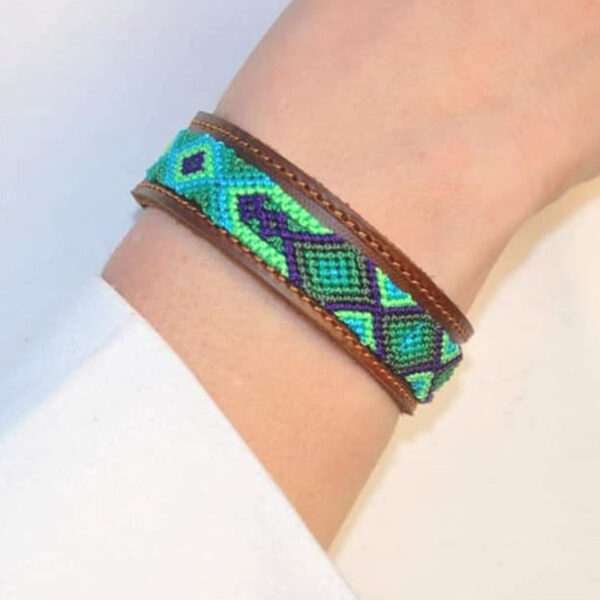 KINAKU Collars and dogs accesories handmade from Mexico Bracelet Becan1